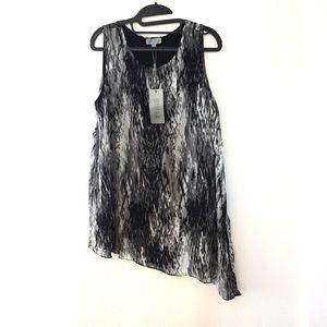 NEW JOSEPH A. Black and gray Blouse. Large